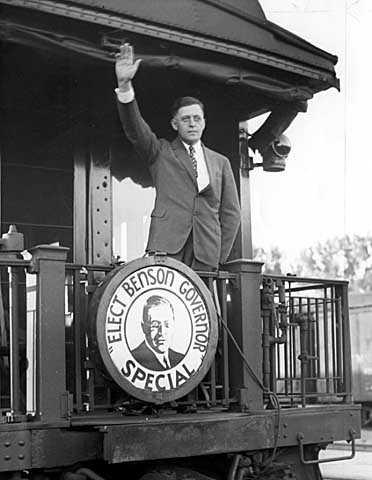 J2 1936 p14